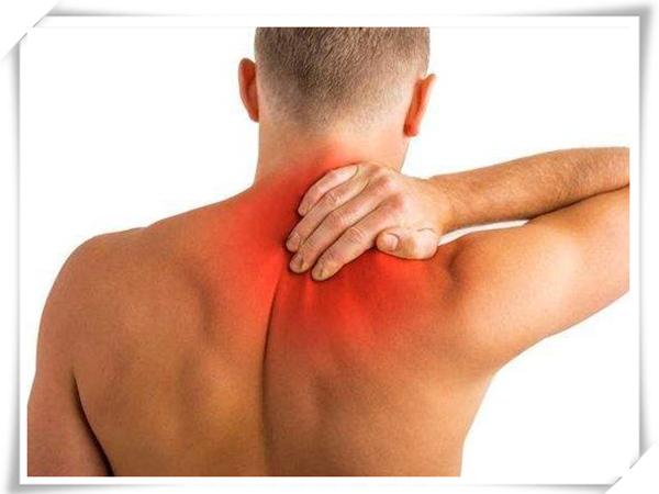 老倪祖三贴:我的脖子总是酸痛是怎么回事?