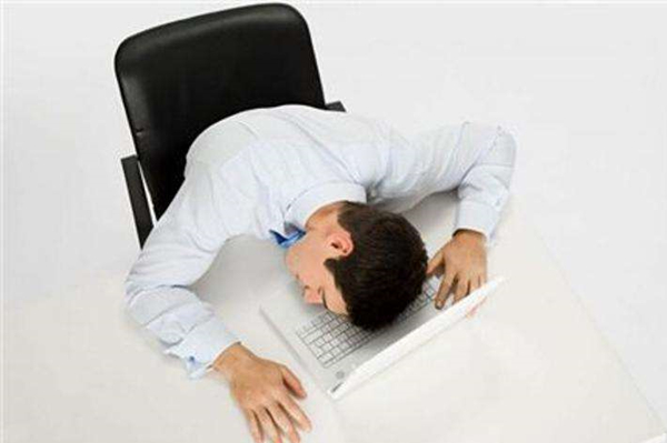 老倪膏药表示 低压高容易造成头晕等症状  需要早点检查诊治